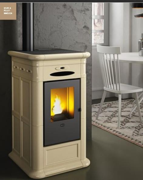 stufa a pellet alina 9 kw eva calor. Black Bedroom Furniture Sets. Home Design Ideas