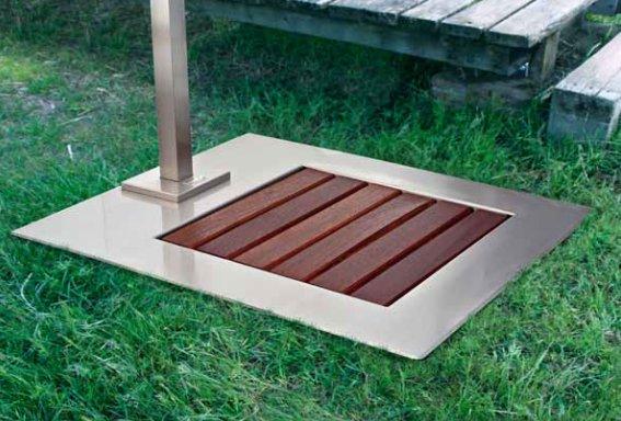 Piatto doccia da giardino in acciaio inox e legno - Doccia esterna da giardino ...