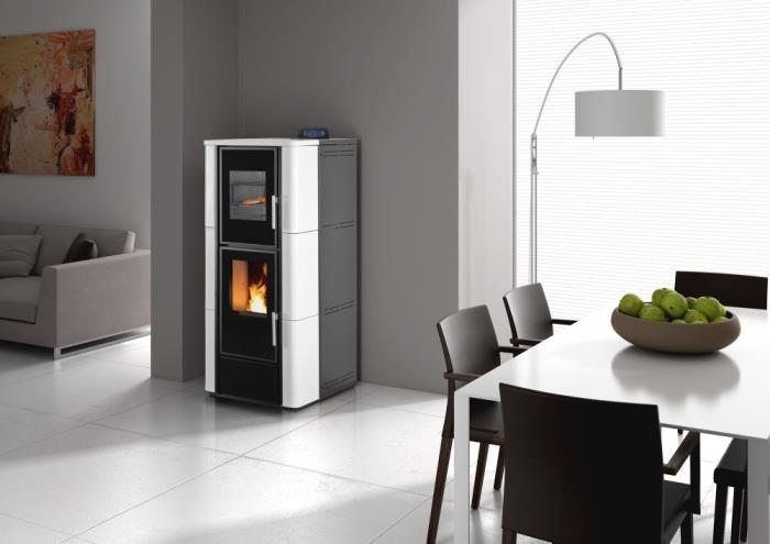 po le pellets pour chauffer l 39 eau avec four en maiolique. Black Bedroom Furniture Sets. Home Design Ideas